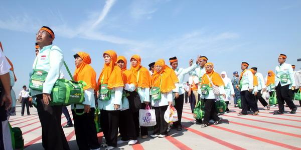 Jamaah Haji Embarkasi Surabaya