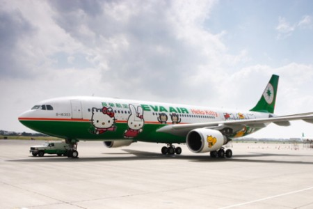 Hello Kitty di Pesawat EVA Air