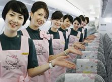 Hello Kitty di Pramugari EVA Air