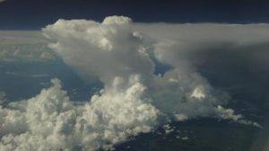 Bahaya Awan Cumulonimbus